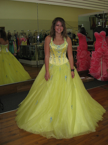 evening gowns and prom dresses