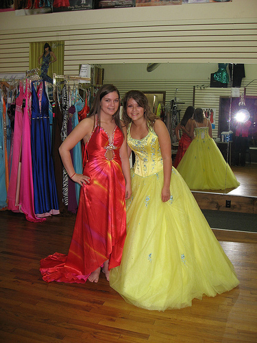 styles for prom dresses