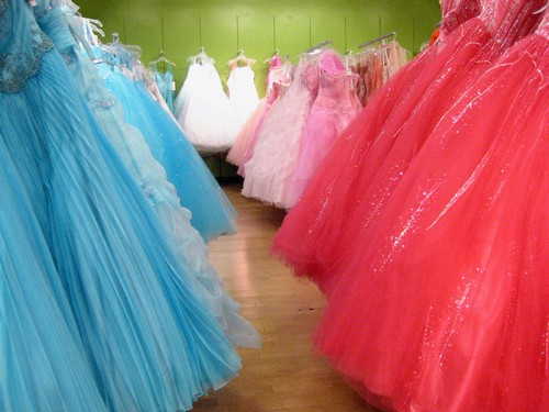 prom dresses in lincolnshire