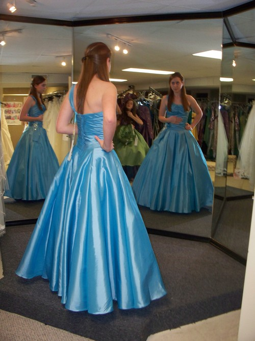 dresses for prom in 2007