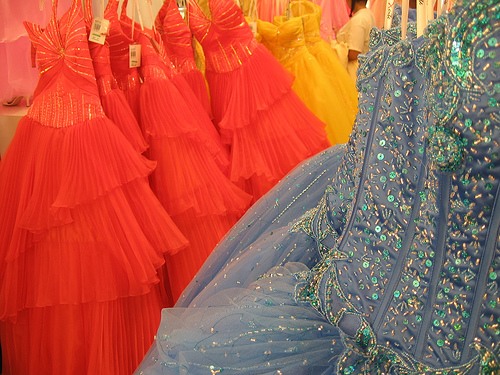 discount evening gowns and prom dresses